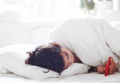 【嘘】iPhoneの「Night Shift(夜間モード)」は睡眠の質向上に全く貢献せず スマホが短眠の妨げに【ショートスリーパー】